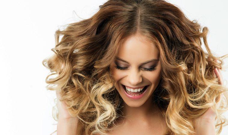 Ingin Miliki Rambut yang Hitam nan Lebat? Ini Perawatan Rambut yang Perlu Kamu Tahu